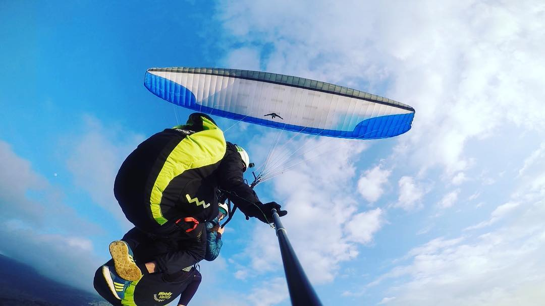 Tandem Paragliding flight in Paestum near Amalfi Coast