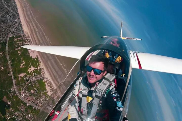 Luca Bertossio Aliante Acrobatico | Italy-Adventure.com