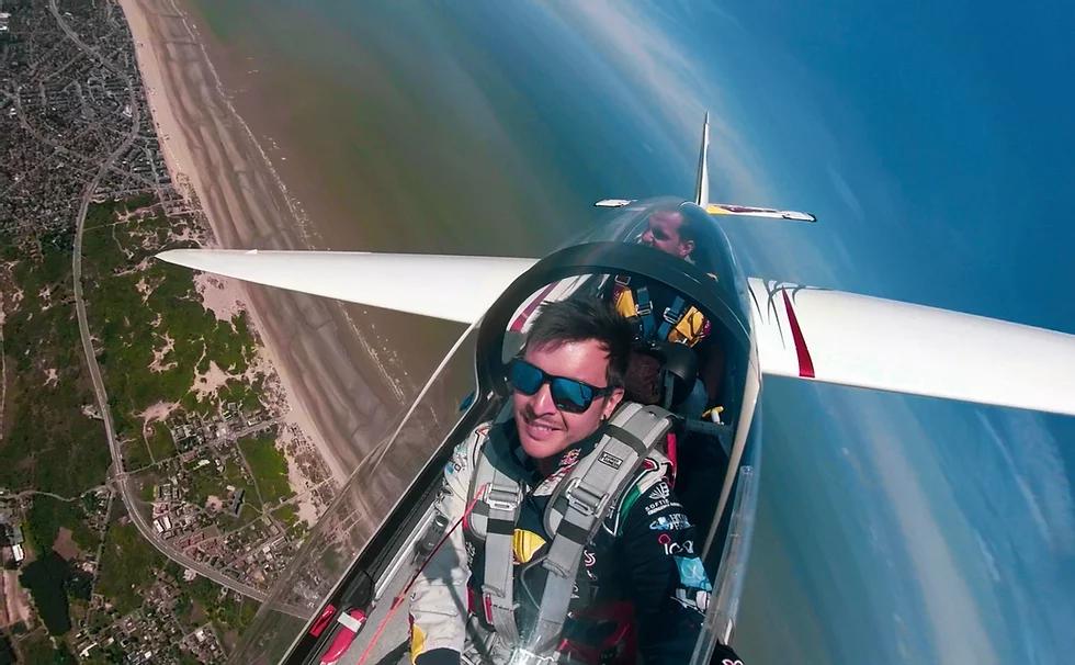 Aliante Acrobatico Luca Bertossio | Italy-Adventure.com