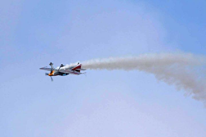 Volo Acrobatico in Costiera Amalfitana   www.italy-adventure.com