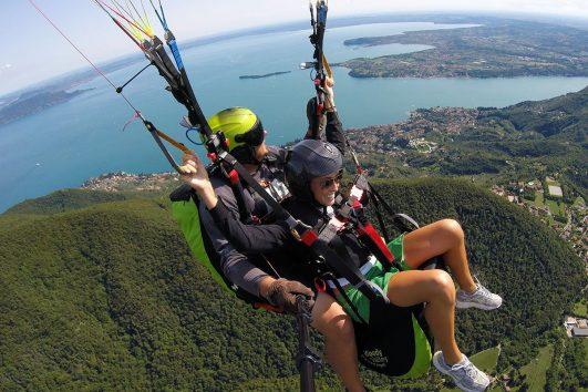 Volo in parapendio sul Lago di Garda | www.italy-adventure.com